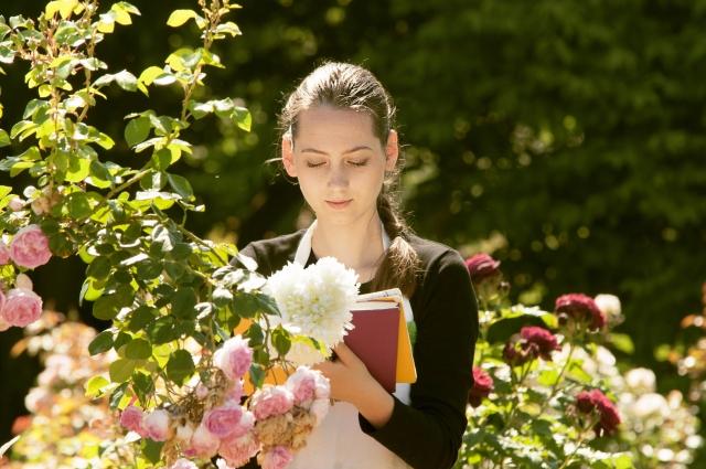 絶世の美女に学ぶ、女子力がアップする香りとは?