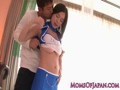 吉川あいみがRQコスでセックスしているチューブエイト動画