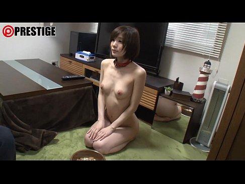 肉便器として飼われる激カワ美少女が激しいピストンで女性器から大量潮吹きしてるおまんこ動画