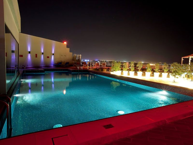 -Park Inn by Radisson Muscat_rooftop pool