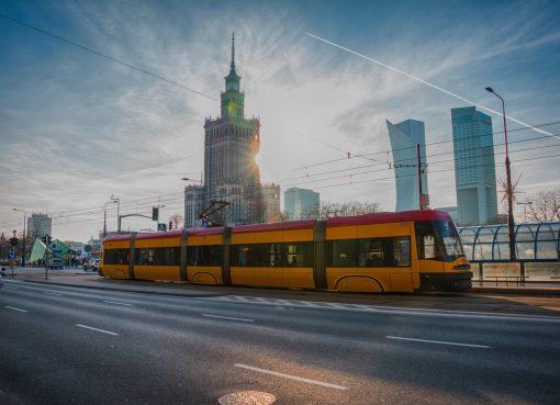 Transporte público em Varsóvia, na Polônia