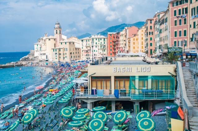 Camogli, a charmosa cidade praia da belíssima Riviera Italiana.