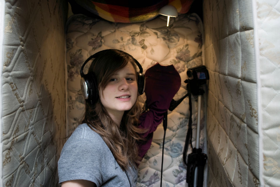 How To Build An Awesome Cheap DIY Vocal Recording Booth