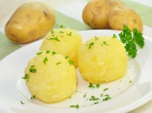 Kartoffelknödel alla Bolognese