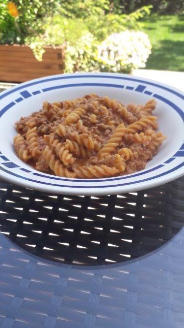 One Pot Pasta mit einer feinen cremigen Tomatensauce