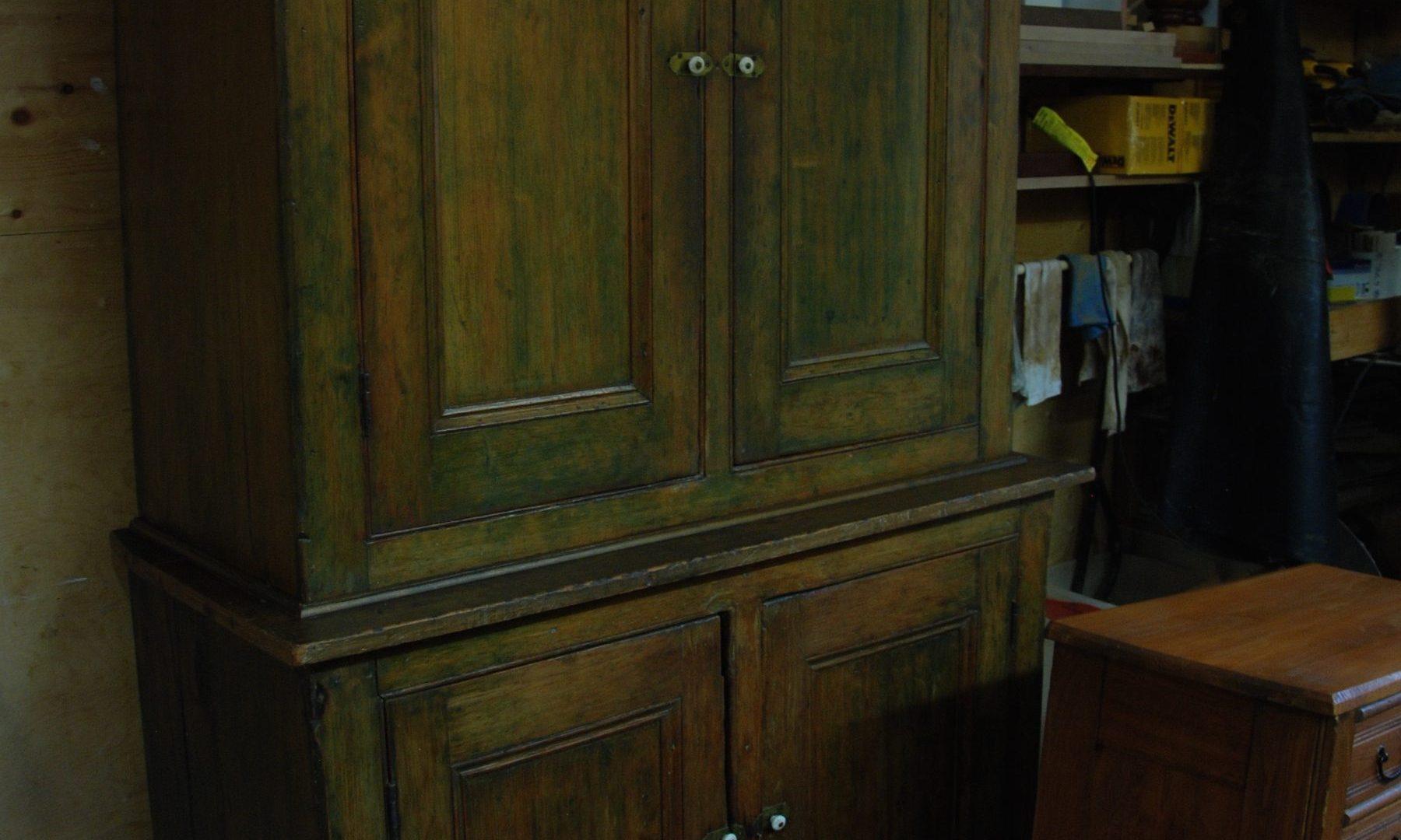 armoire fini ciré