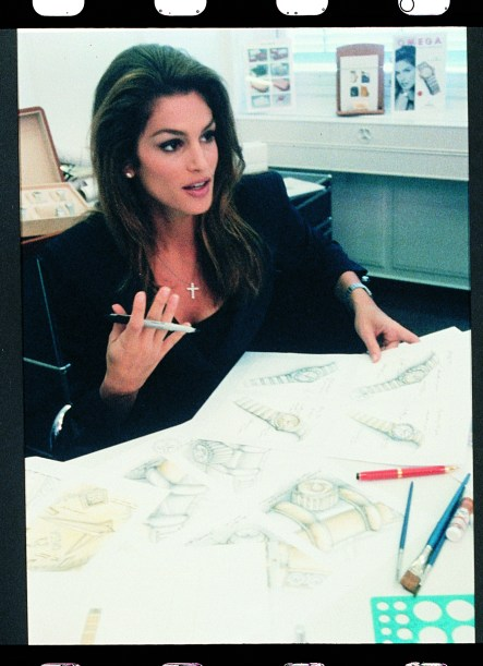 20151201_Cindy_Crawford_working_on_the_Constellation_design_at_Omega_in_Bienne_2_1996