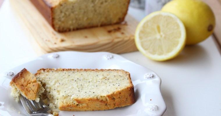 Bolo de limão com sementes de papoila (receita Cátia Antunes)