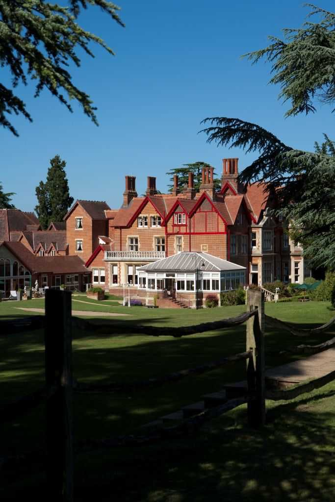 Pendley Manor Hotel Spa Wedding Venues In Hertfordshire