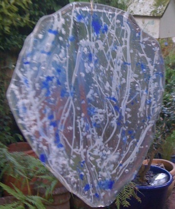 Blue & white large leaf