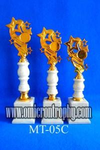 Jual Piala Trophy Untuk Event Perlombaan dan Kejuaraan