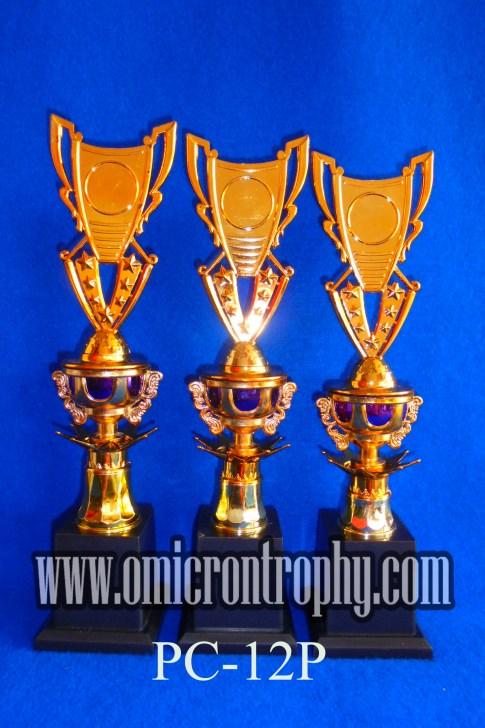 Produsen Trophy Plastik Surabaya