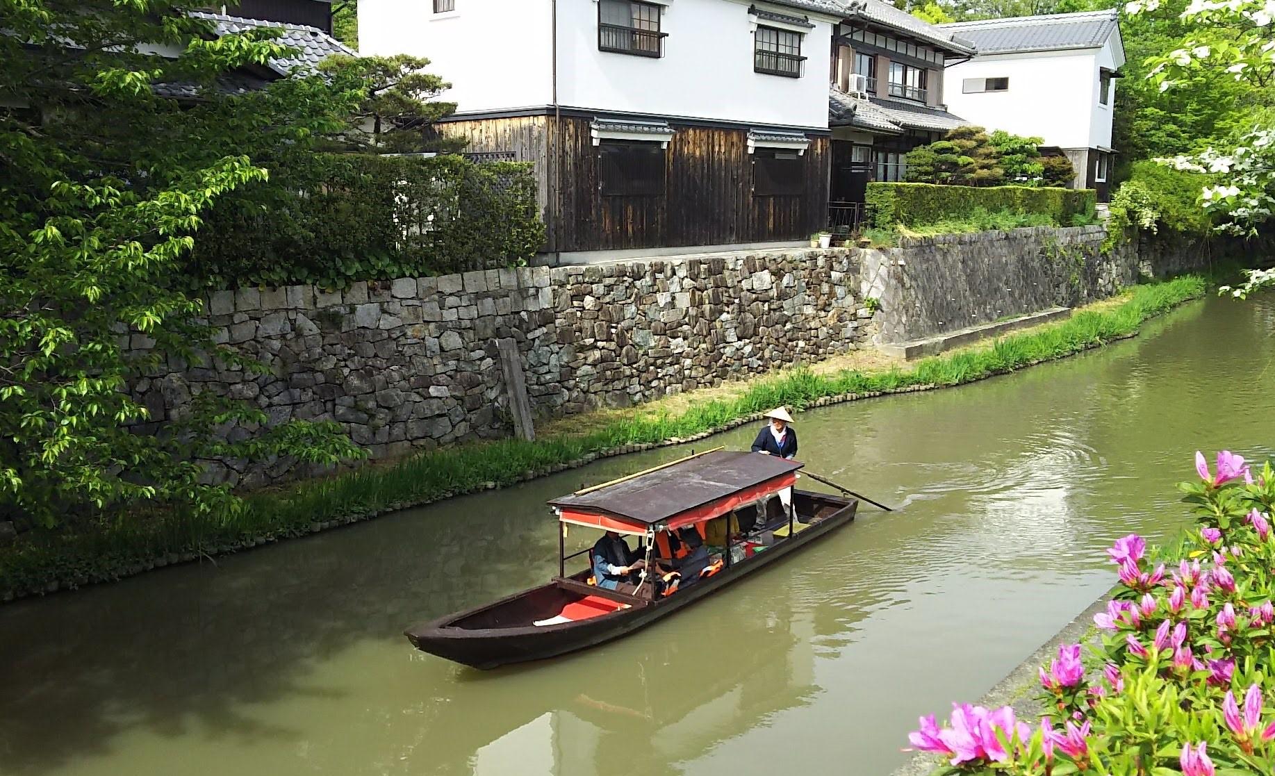手漕ぎ和船_八幡堀