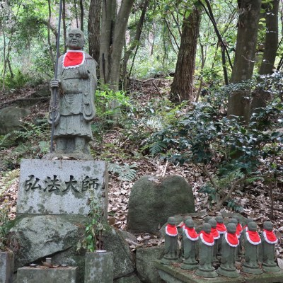 岩戸山十三仏_登山道