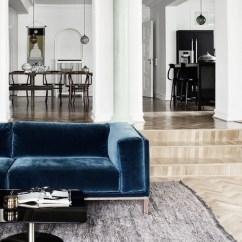 Black Velvet Sofa Living Room Larson Reclining W Blue Trendy Sezonu Projektowanie Wnętrz