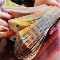 Mai mulți bani de la stat pentru români. Poți primi 1.200 de lei fără să faci nimic