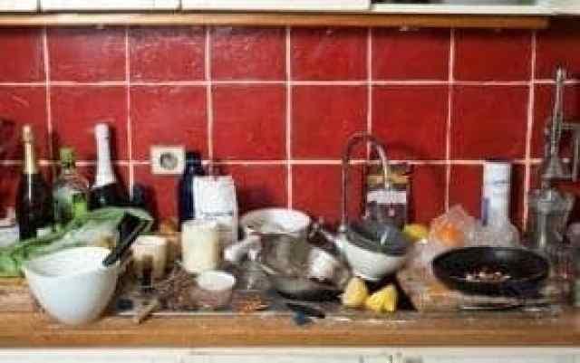 Lotite se temeljitega čiščenja kuhinje in kuhanje bo spet postalo užitek