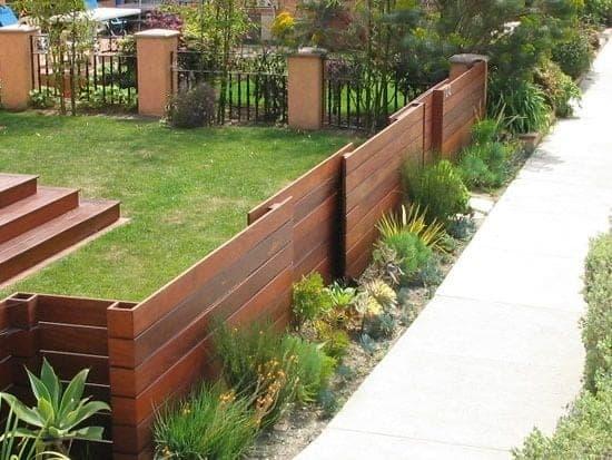 moderna lesena ograja cena 2