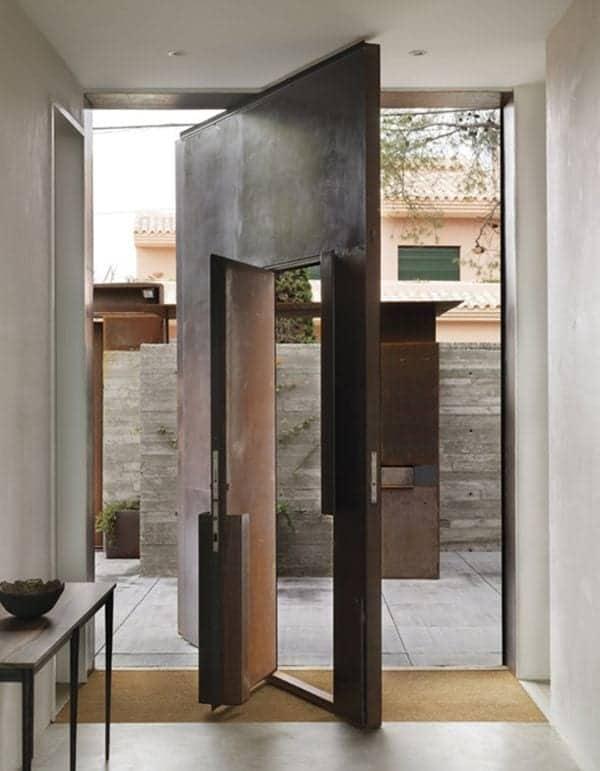 moderna vhodna vrata cena 18