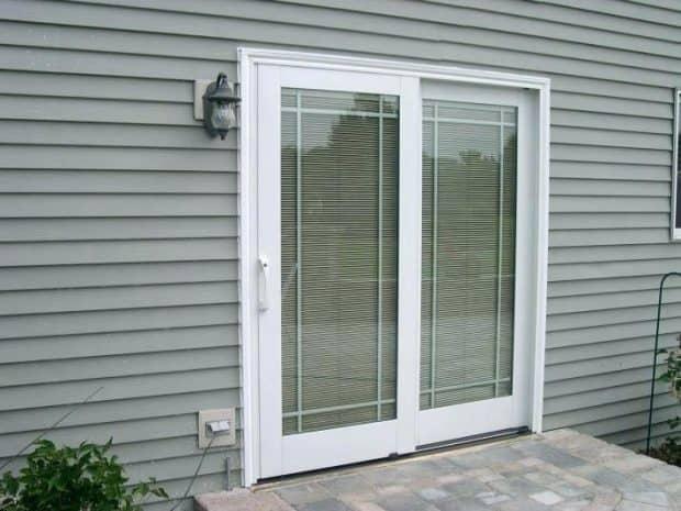 dodatki-za-balkonska-vrata-cenik-rolete-namen-uporabe