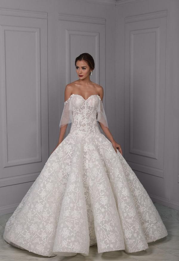 trend-leta-2019-poročne-obleke