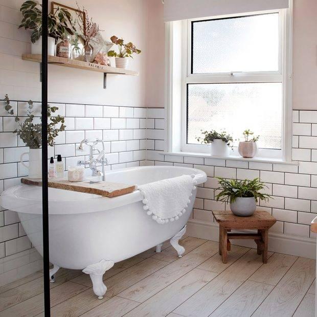 izris-kopalnice-interier-design-majhna-kopalnica-samostojeca-kad