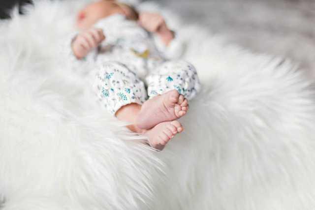 slikanje novorojenčkov s podrobnostmi