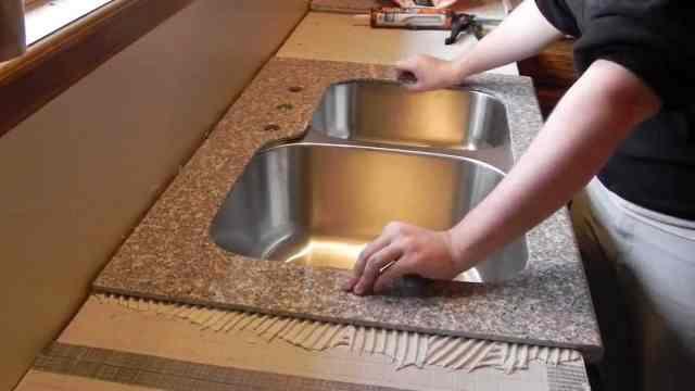 cenik-montaza-kuhinjskega-pulta