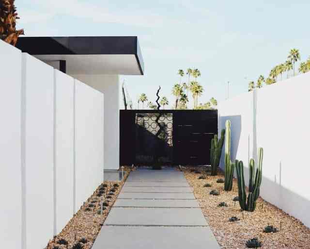 Minimalistična ureditev dvorišča