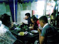 Pertemuan komunitas burung KicauMania Yogyakarta di Taman Kuliner Condong Catur