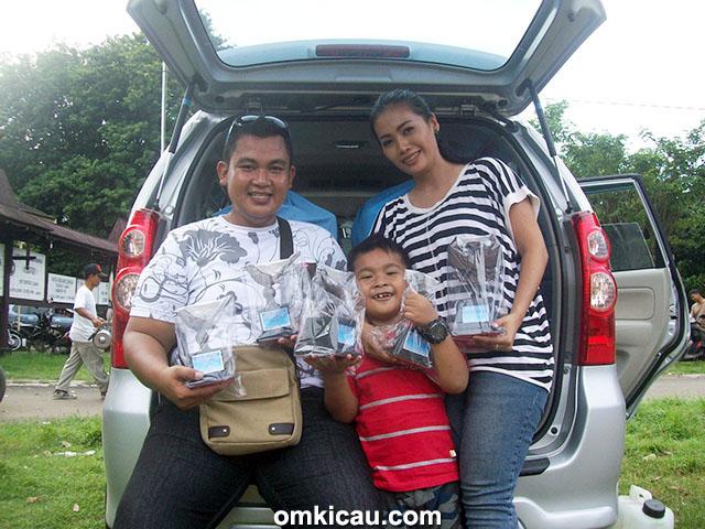Om Herumulya bersama keluarga