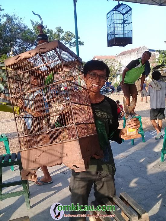 hasil lomba burung
