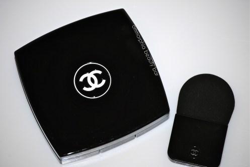 Chanel Illuminating Powder compact & applicator
