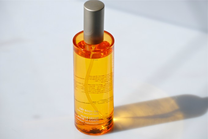 Moroccanoil Dry Body Oil closer