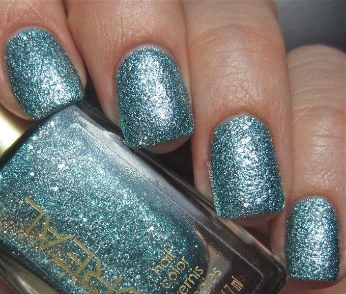 L'Oreal Pop the Bubbles swatch