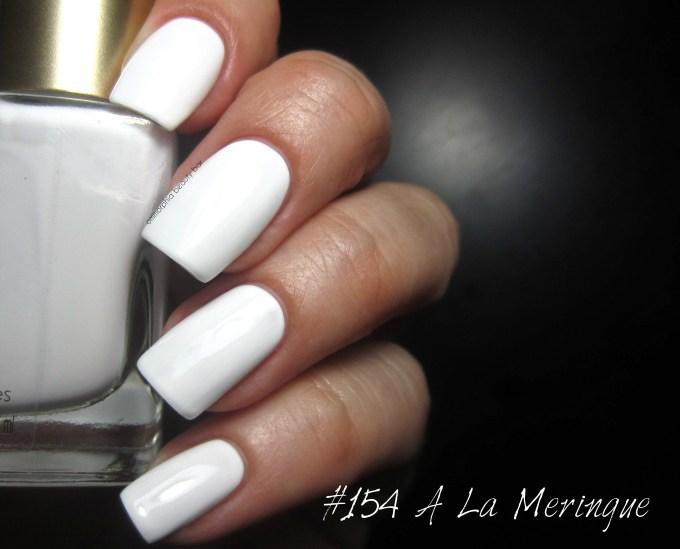 L'Oreal #154 A La Meringue swatch