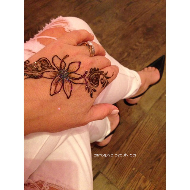 YSL Or Rouge event henna tattoo