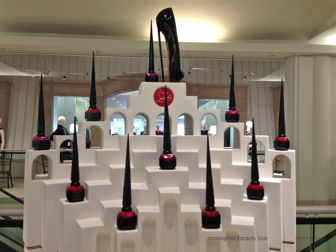 Rouge Louboutin display