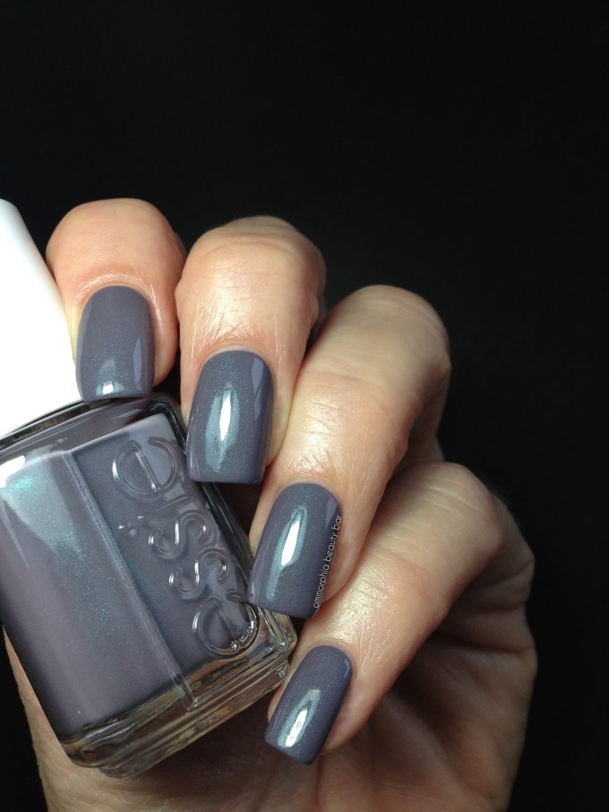 Essie Coat Couture swatch glossy