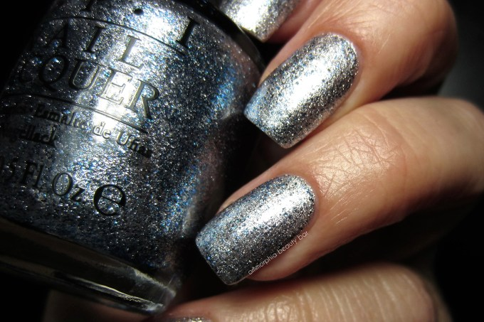 OPI Shine For Me macro swatch