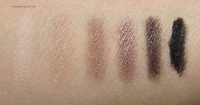 Dior Eye Reviver Palette swatches 1