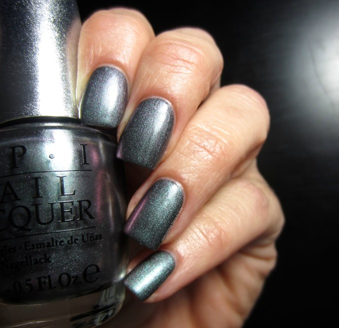 OPI DS Charcoal swatch 1