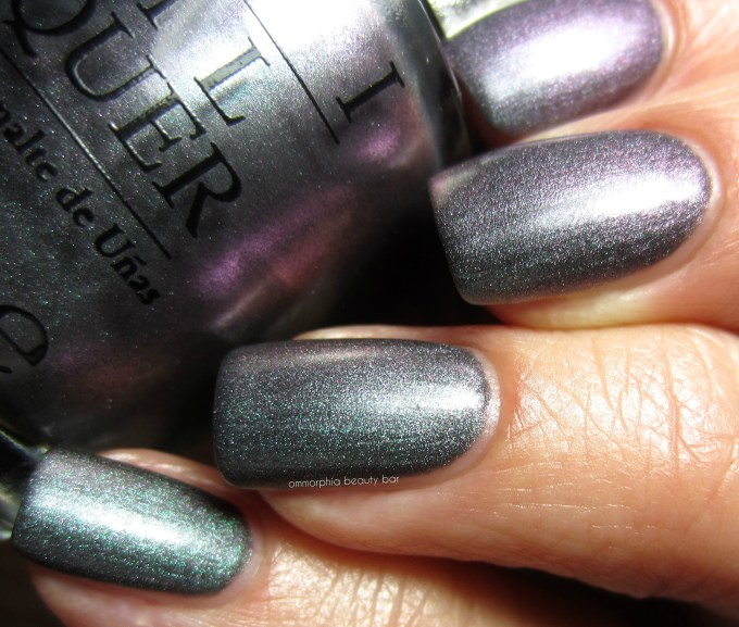 OPI DS Charcoal swatch 2