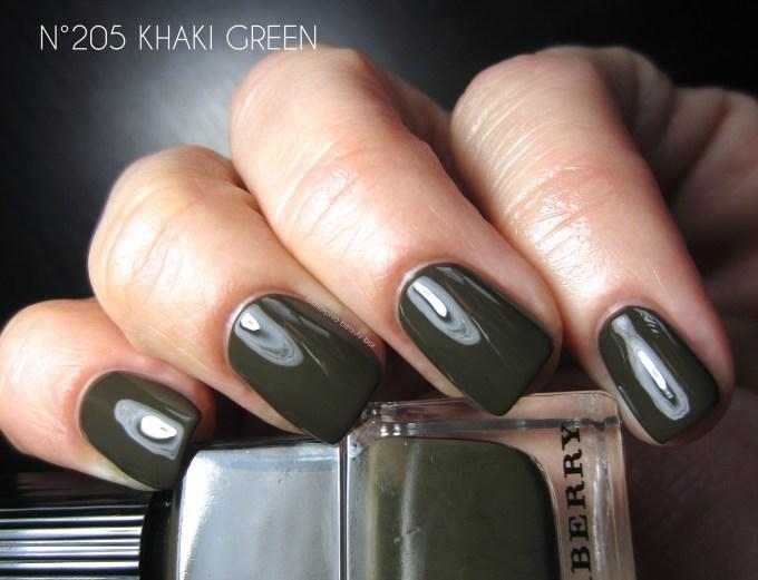 Burberry Khaki Green swatch
