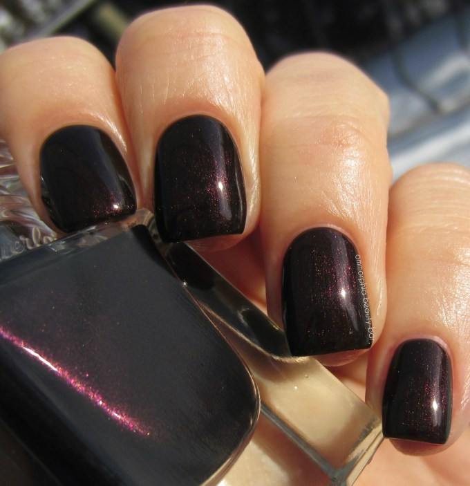 Guerlain Black Perfecto swatch