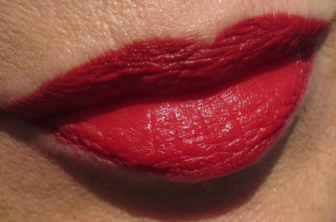 MAC x Charlotte Olympia Starlett Scarlet swatch