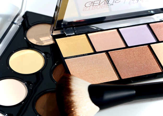 NYX Highlight & Contour palettes with brush closer