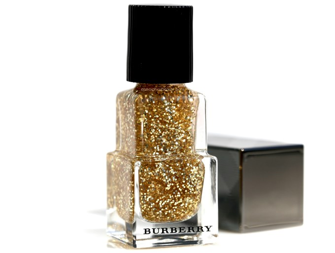 burberry-gold-glitter-nail-polish-2