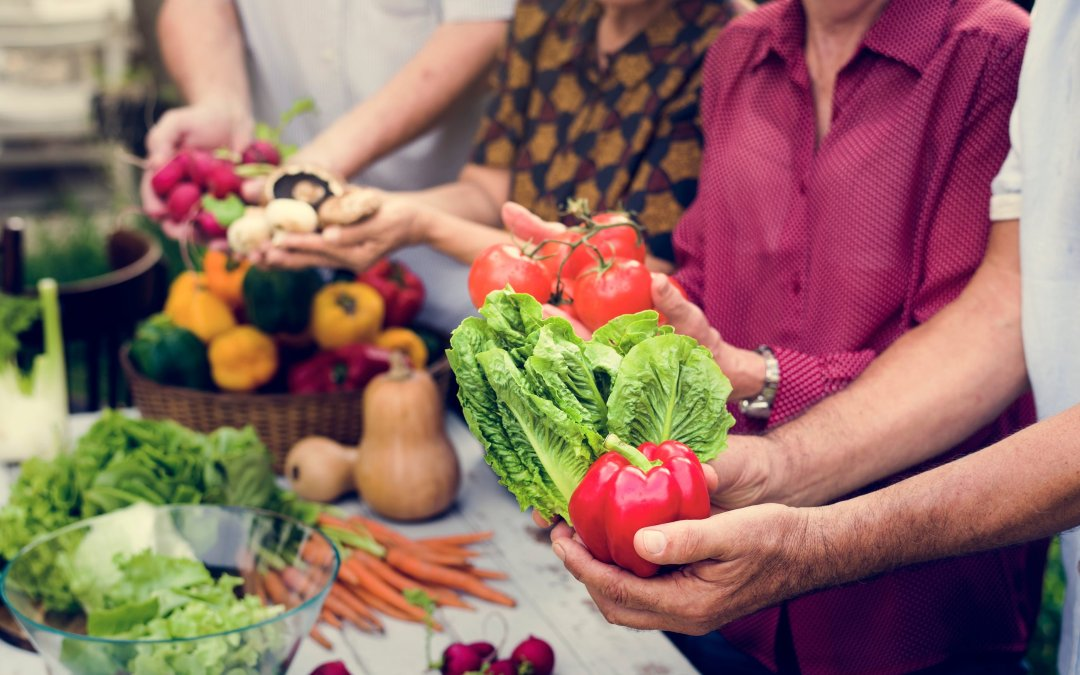 Safe and Healthy Weight Loss Tips for Seniors