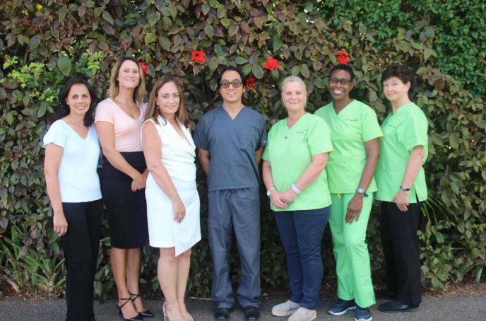 Photo of staff members of Omni Medical